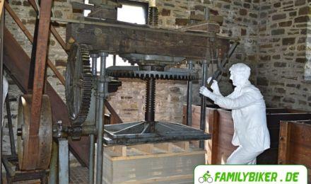 Papiermaschine - Freilichtmuseum Hagen